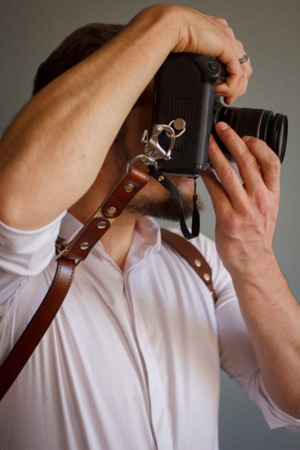 Dual camera straps